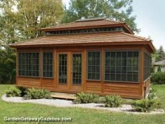Three-Season Summerhouse