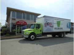 2004 FREIGHTLINER BUSINESS CLASS M2 Box Truck -