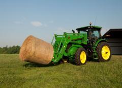 Row-Crop Tractors 7215R