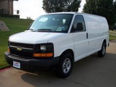 Car 2009 Chevrolet Express Cargo
