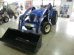New Holland Boomer™ Compact Tractors 35
