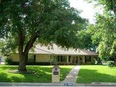 4809 Woodcreek Court , North Richland Hills,