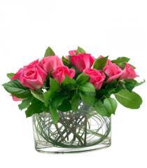 Elegant Fuchsia Rose Bouquet