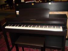 Yamaha ClavinovaCLP-440 Piano