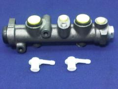 Brake Master Cylinder (Lancia Scorpion)