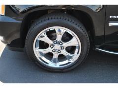 Car  2011 Cadillac Escalade AWD Luxury