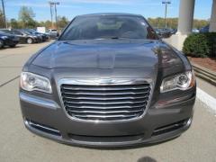 Car 2012 Chrysler 300