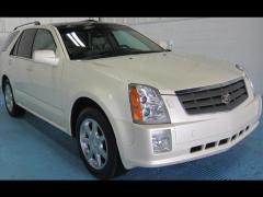 Car 2005 Cadillac SRX