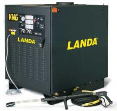 Electric-Powered/Natural Gas or LP Heated Pressure