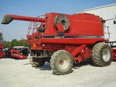Harvesters - Combines 2003 CASE IH 2388