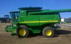 2007 John Deere 9760 Harvester