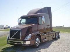 2013 Volvo VNL64T630 Truck