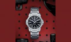 A.6502 Luminox Watch