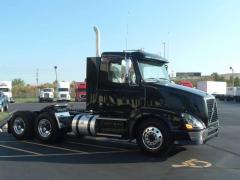 2013 Volvo VNL300 Truck