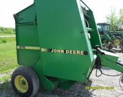 1995 John Deere 375 - Hay Equipment - Round Balers