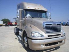2007 Freightliner Columbia Truck