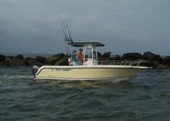 Key West 2300 CC SS Boat