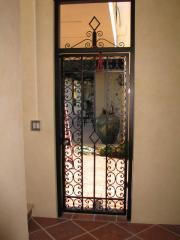 Özel dizayn edilmiş sokak kapıları