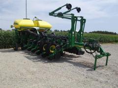 2009 John Deere 1730 Planter