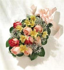 Kudos Bouquet™ With Roses
