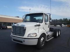 2012 FREIGHTLINER Business Class M2 112 Truck