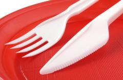 Plastic utensils for microwave ovens
