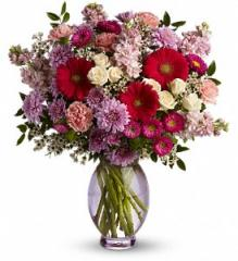 Teleflora's Perfectly Pleasing Pinks Bouquet