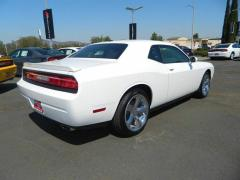 2013 Dodge Challenger SXT Coupe Car