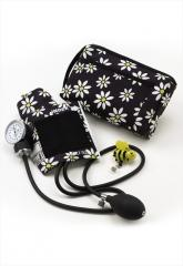 UA Daisy Bee print aneroid kit with id holder.