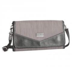 Eagle creek Susie clutch wallet
