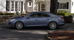 2013 Chevrolet Malibu 2LT Car