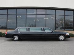"""2004 Lincoln Towncars 72"""" by Picasso"""