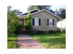 208 Avenue E SE Winter Haven, FL 33880