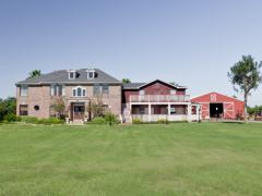 Beautiful country 5530 sqft home