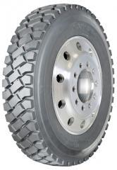 ST 900 Extra Deep Lug Tires