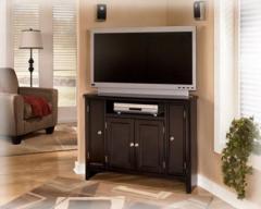 Carlyle - Corner TV Console