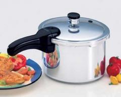 Presto Pressure Cooker - Aluminum 4 Quart