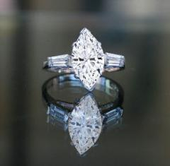 2CT TW MARQUISE CENTER RING