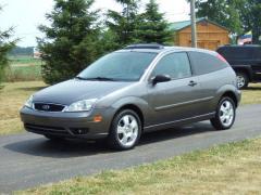 Ford Focus Hatchback Vehicle