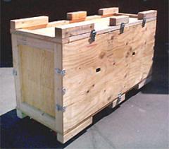 Reusable multi-compartment transport box