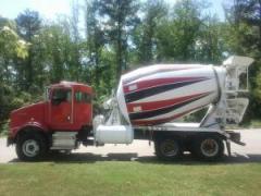 1-2007 Kenworth T800B Mixer Truck with 10.5yd CBMW