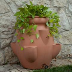 Terra Cotta 40 Gallon Tuscana Strawberry Pot Rain