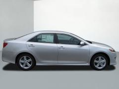 2012 Toyota Camry SE Sedan Car