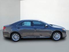 2012 Toyota Camry XLE Sedan Car