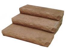 Булыжник и каменная плита
