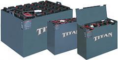 Titan® Flooded Industrial Batteries