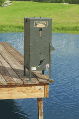 125 lb Capacity Directional Fish Feeder