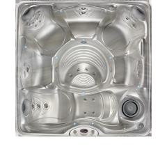 Palatino™ Hot Tub