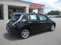 Nissan LEAF SL Car