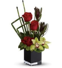 Teleflora's Rose Oasis Floral Arrangement